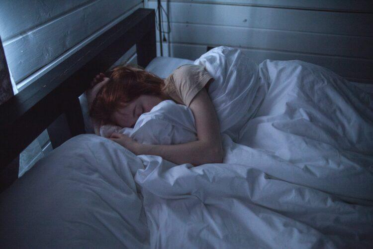 Как перестать без конца просыпаться ночью